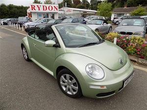 Volkswagen Beetle 2.0 2dr