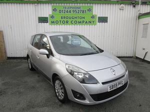 Renault Grand Scenic 1.6 VVT Expression 5dr