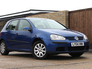 Volkswagen Golf 1.6 FSI drives great with 104k miles in