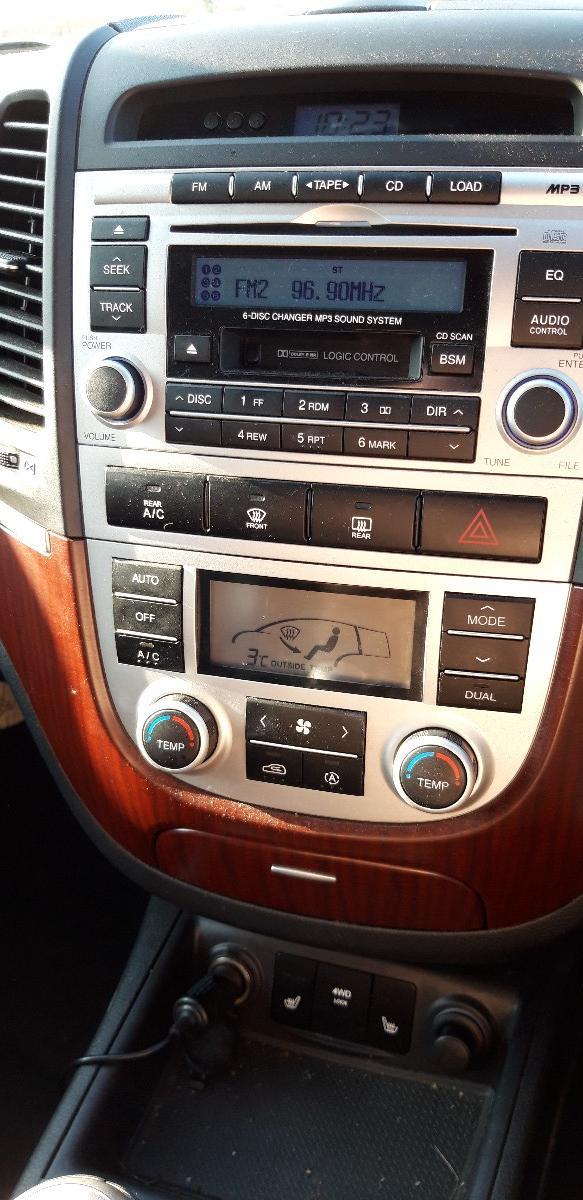 Hyundai Santa Fe  **Excellent Condition**