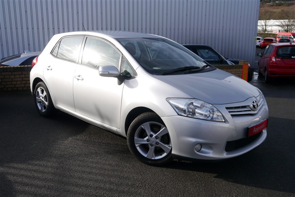 Toyota Auris 1.6 V-Matic TR 5dr