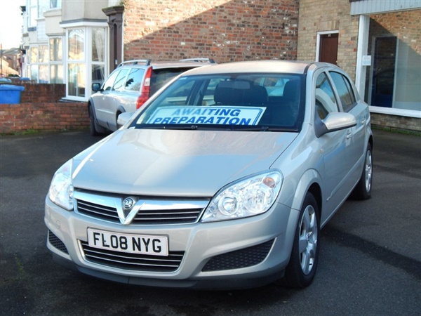 Vauxhall Astra 1.3 CDTi 16V Club [90] 5dr