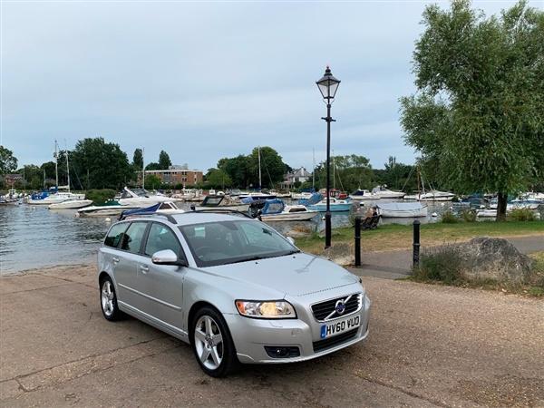 Volvo VTD DRIVe SE (s/s) Estate 5d cc