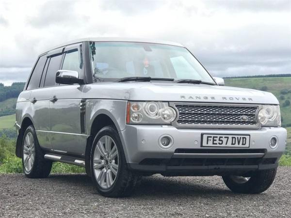 Land Rover Range Rover 3.6 TDV8 VOGUE SE 4dr Auto Rear seat
