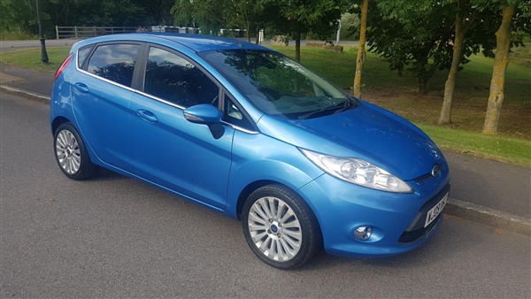 Ford Fiesta 1.6 Titanium 5dr ONLY  MILES