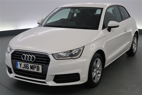 Audi A1 1.6 TDI SE 3dr - DAB - DAYTIME RUNNING LIGHTS -
