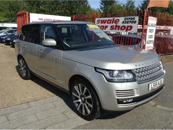 Land Rover Range Rover 4.4 SD V8 Vogue Auto 4WD 5dr JUST
