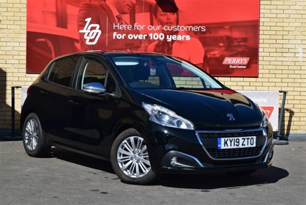 Peugeot  PureTech 82 Signature 5dr [Start Stop]