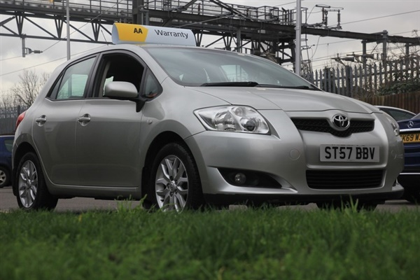 Toyota Auris TR VVT-I MMT Semi Auto