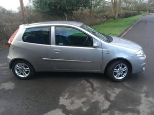 Fiat Punto  in Harpenden | Friday-Ad