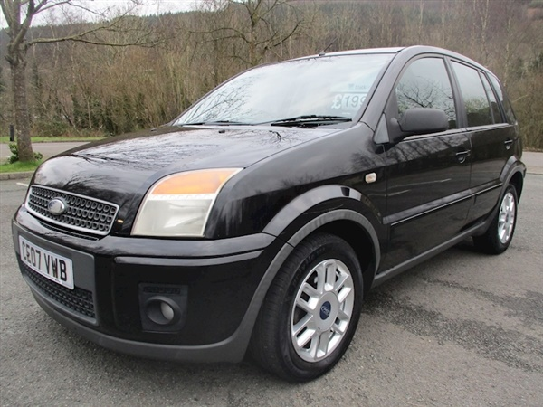 Ford Fusion Fusion Zetec Climate Hatchback 1.4 Manual Diesel