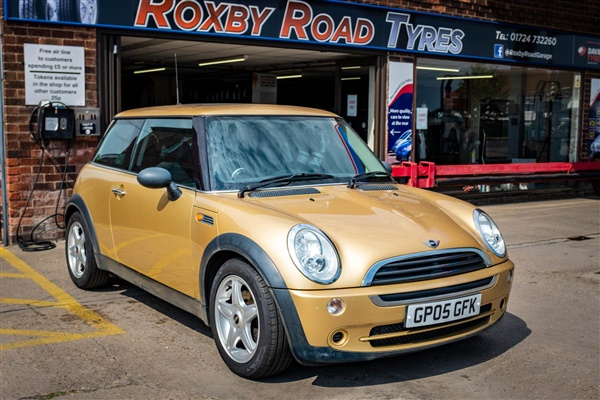 Mini Hatch 1.6 One 3dr only 72k miles, electric panoramic