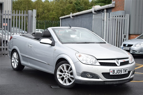 Vauxhall Astra 1.8 i Design Twin Top 2dr