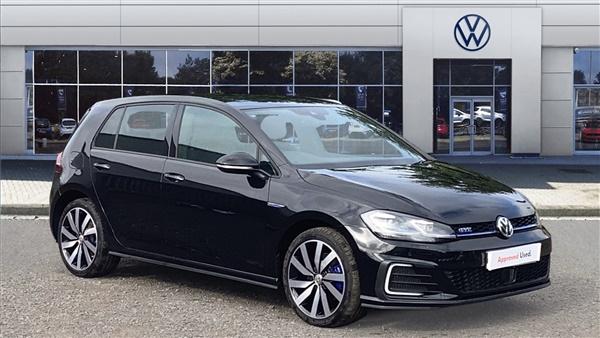 Volkswagen Golf 1.4 TSI GTE Advance 5dr DSG Hatchback Auto